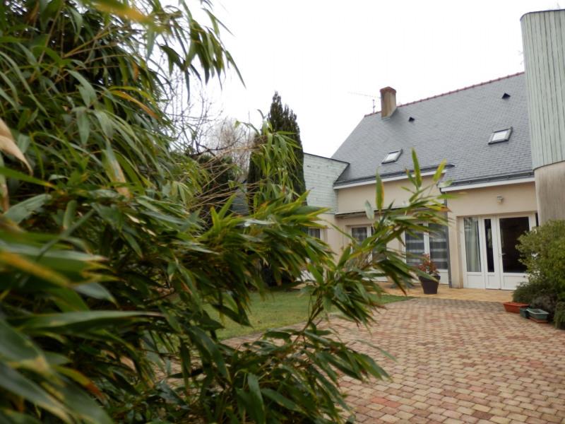 Sale house / villa Montreuil juigne 414500€ - Picture 1