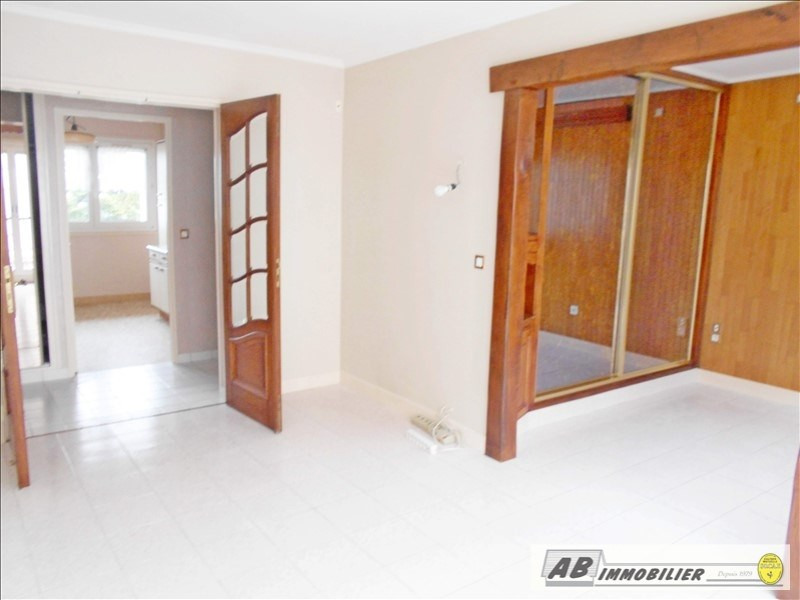 Rental apartment Poissy 1 050€ CC - Picture 2