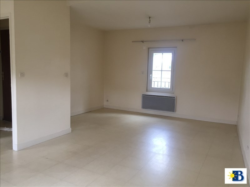 Location appartement Chatellerault 380€ CC - Photo 2