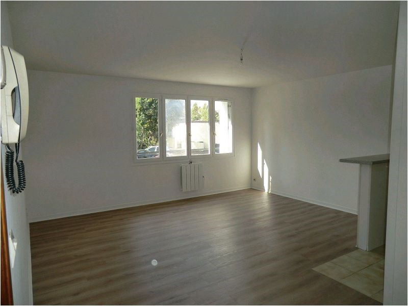 Location appartement Savigny sur orge 620€ CC - Photo 1