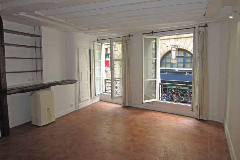 Location appartement Paris 6ème 1 119€ CC - Photo 1