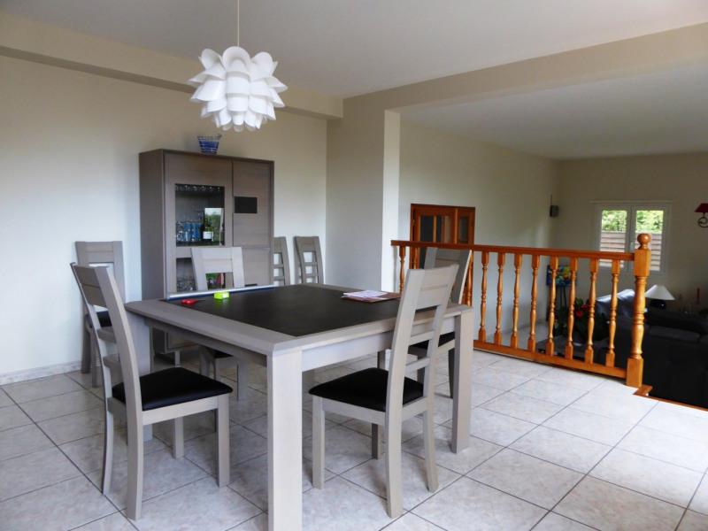 Rental house / villa Maurepas 1900€ CC - Picture 3