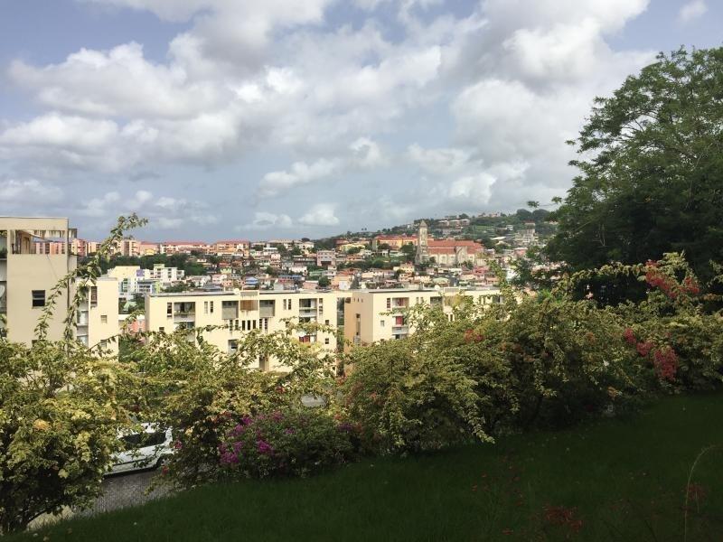 Location appartement Fort de france 875€ CC - Photo 7
