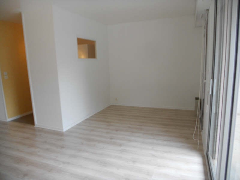 Location appartement Niort 400€ CC - Photo 2