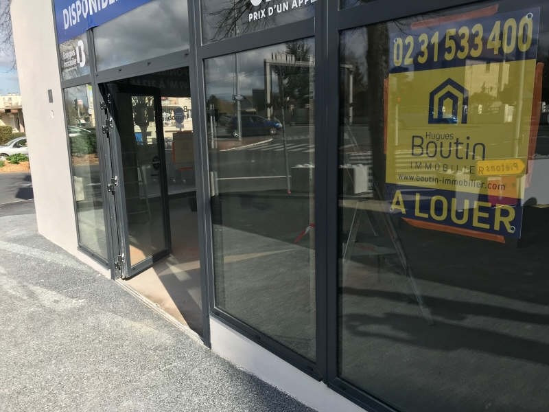 Location local commercial Caen 850€ HT/HC - Photo 2