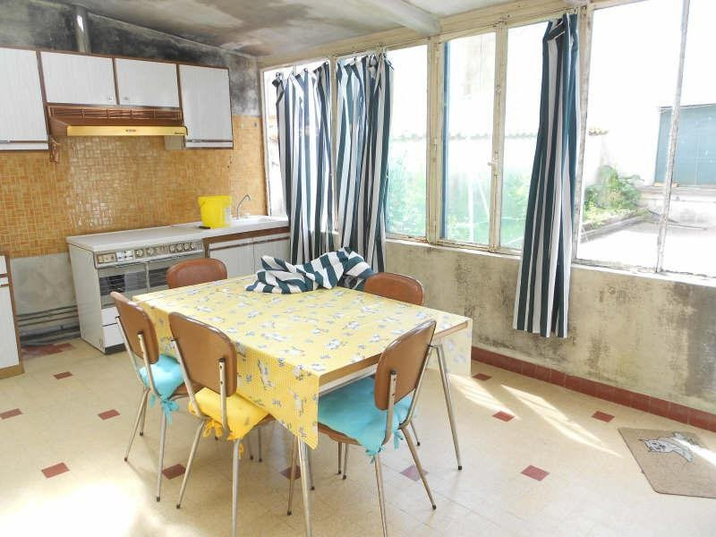 Sale house / villa Aigre 77000€ - Picture 6