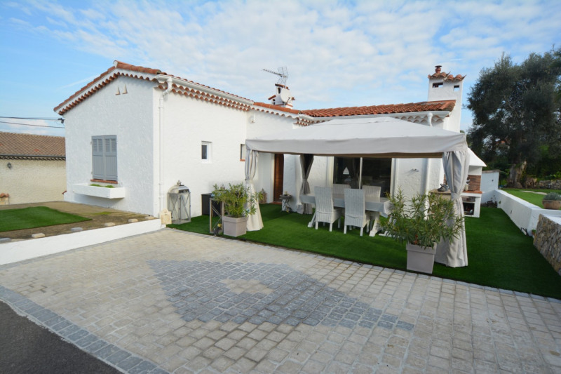 Deluxe sale house / villa Antibes 785000€ - Picture 3