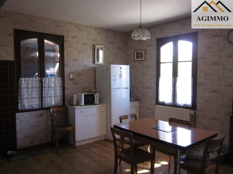 Sale house / villa L isle jourdain 263 000€ - Picture 5
