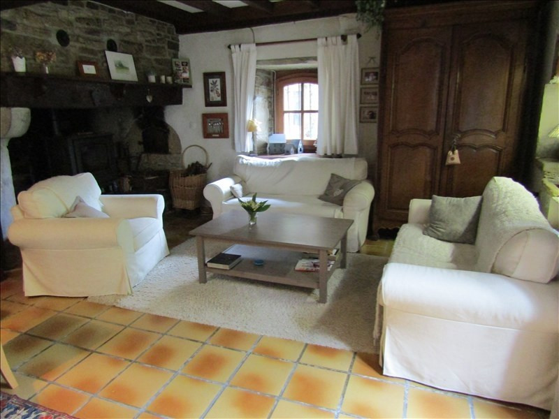 Sale house / villa Nay 322000€ - Picture 2