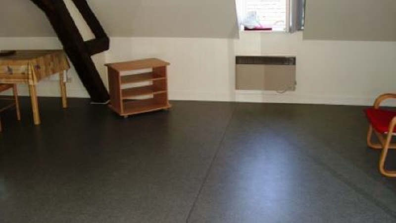 Rental apartment Decize 360€ CC - Picture 3