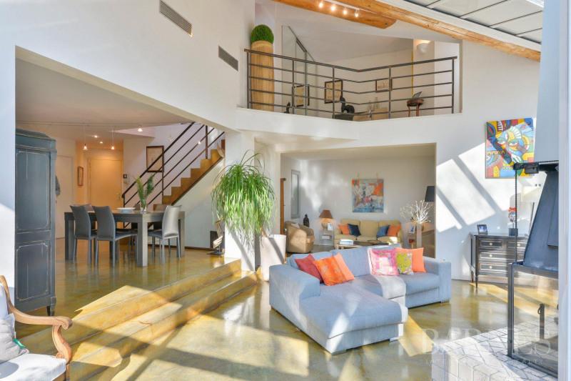 Deluxe sale house / villa Collonges-au-mont-d'or 1230000€ - Picture 2