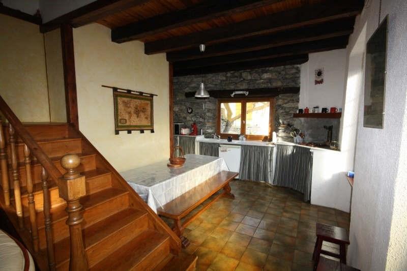 Sale house / villa Ancizan 262500€ - Picture 4