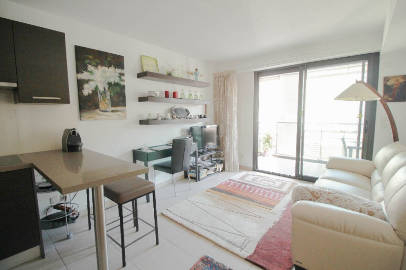 Sale apartment Nice 330 000€ - Picture 6