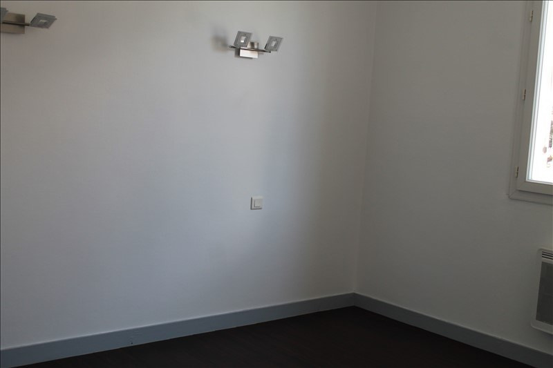 Rental apartment Langon 498€ CC - Picture 2