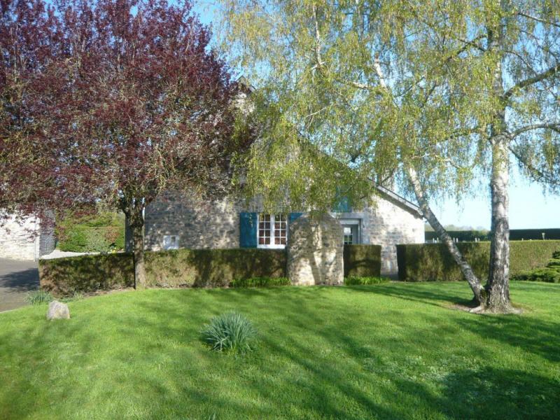 Sale house / villa La bazouge de chemere 215000€ - Picture 5