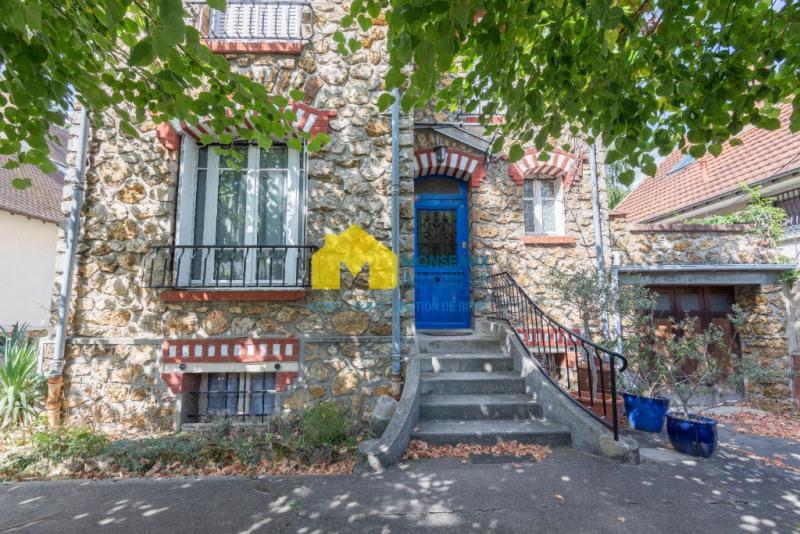 Sale house / villa Ste genevieve des bois 445000€ - Picture 1