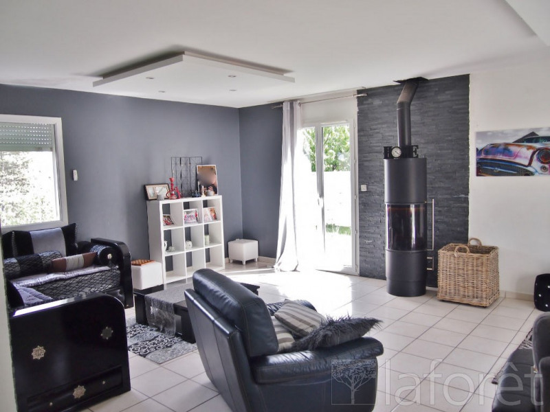 Vente maison / villa Bourgoin jallieu 295000€ - Photo 2