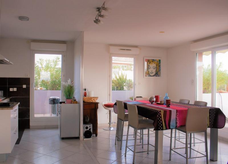Sale apartment Lambesc 550000€ - Picture 2