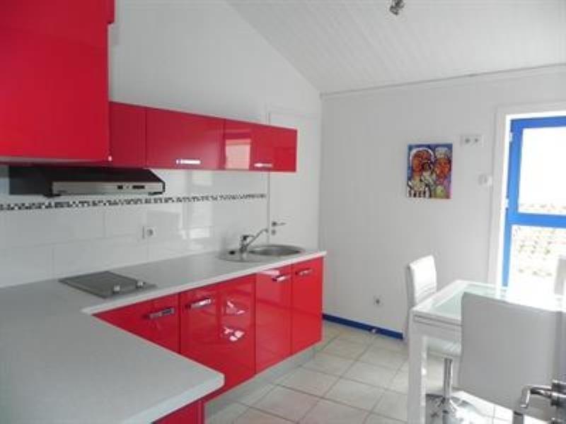 Sale house / villa La tranche sur mer 200300€ - Picture 2