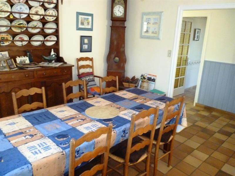Vacation rental house / villa Saint michel chef chef 587€ - Picture 3