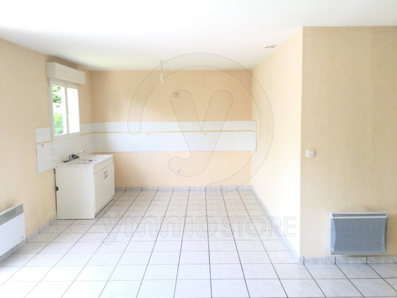 Rental house / villa Saint denis de pile 744€ CC - Picture 1