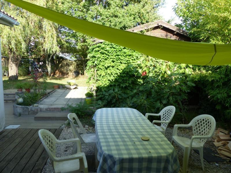Sale house / villa Blanquefort 385000€ - Picture 3