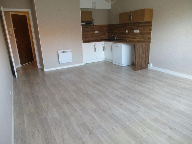 Rental apartment Cucq 500€ CC - Picture 1