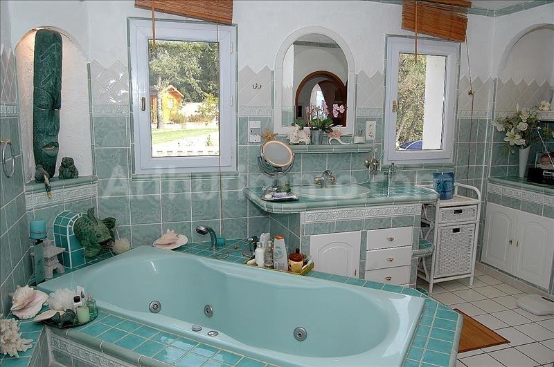 Vente maison / villa Bagnols en foret 440000€ - Photo 10