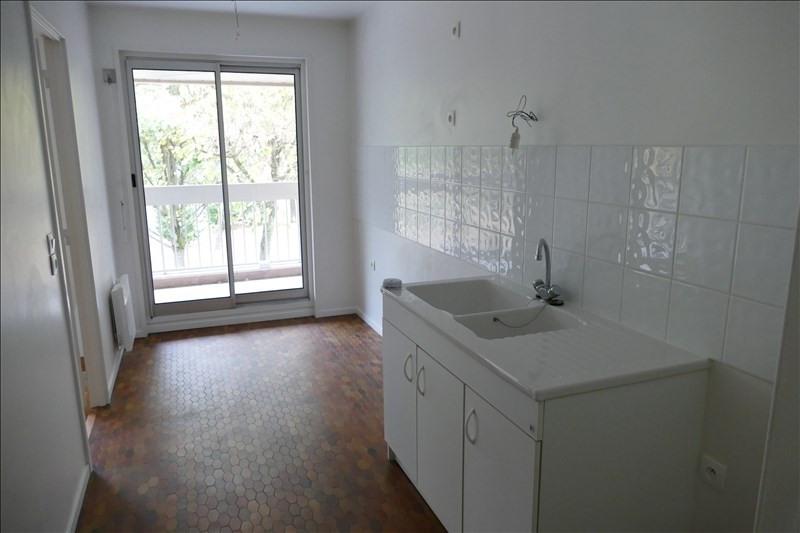 Sale apartment Verrieres le buisson 290000€ - Picture 3