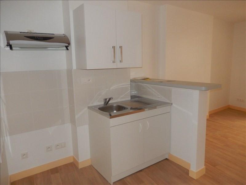 Rental apartment Le puy en velay 321,79€ CC - Picture 2