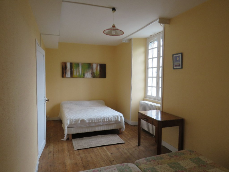 Sale house / villa Cosse le vivien 270400€ - Picture 4
