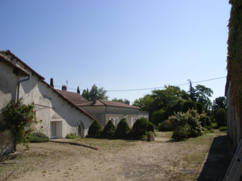 Sale house / villa Barbezieux-saint-hilaire 250000€ - Picture 5
