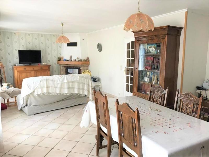 Sale house / villa Frepillon 426400€ - Picture 2