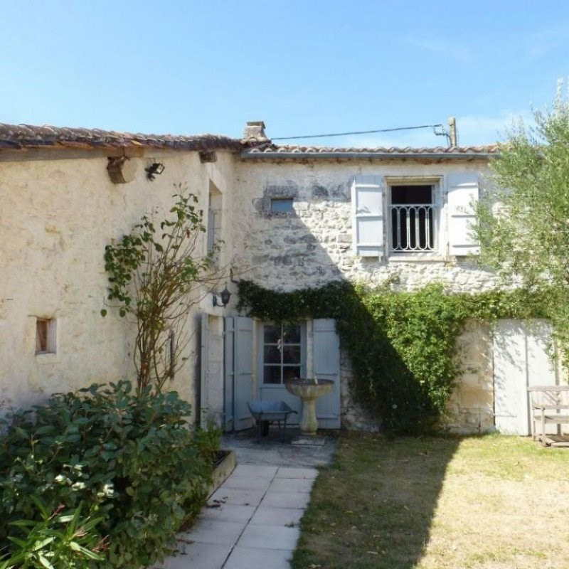 Vente maison / villa Champagne et fontaine 339200€ - Photo 10