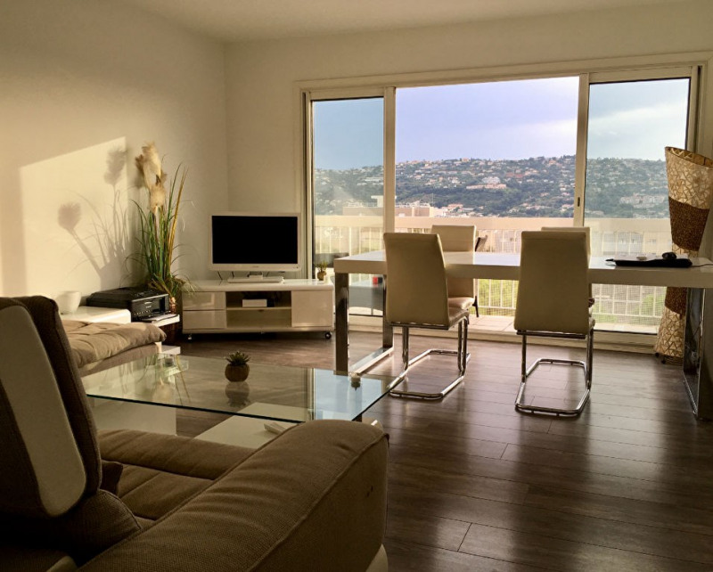 Sale apartment Saint laurent du var 278000€ - Picture 1