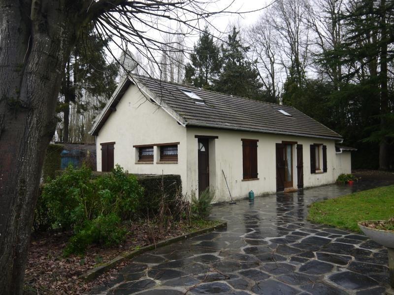 Sale house / villa Breval 188000€ - Picture 1