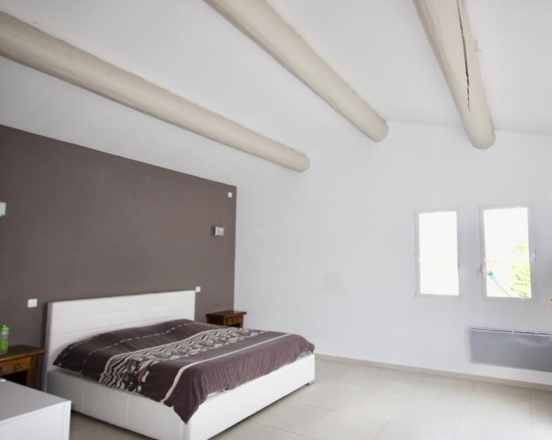 Vente maison / villa Violes 493000€ - Photo 5