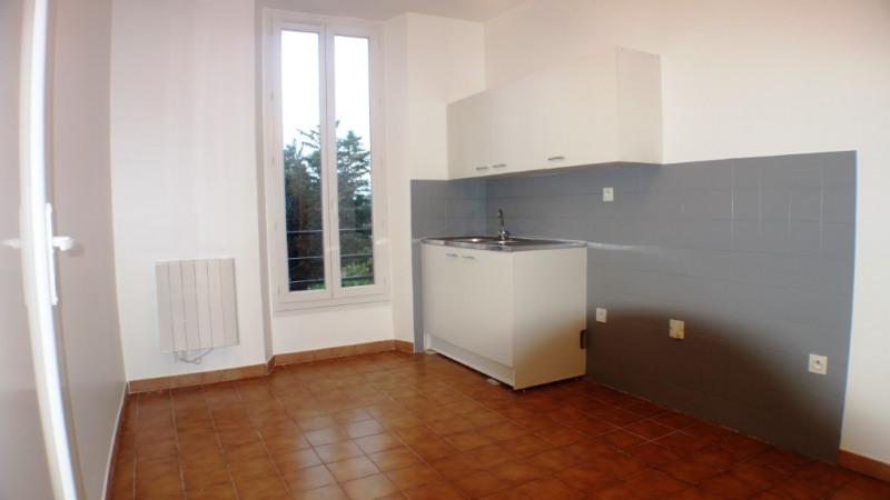 Verhuren  appartement La londe les maures 480€ CC - Foto 1