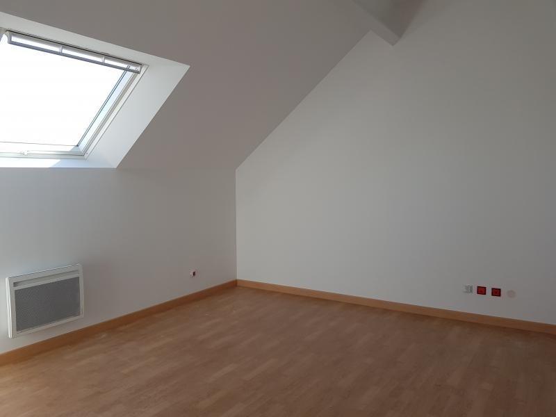 Sale house / villa Montfort l amaury 380000€ - Picture 4