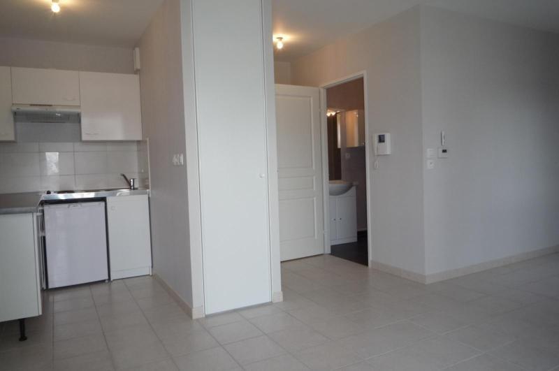 Location appartement St apollinaire 428€ CC - Photo 1