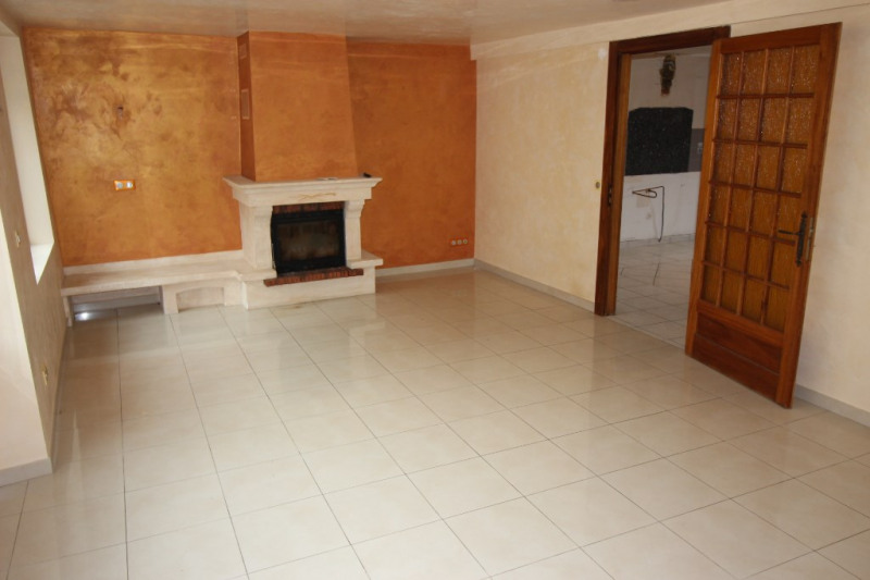 Sale house / villa Collonges 398 000€ - Picture 2