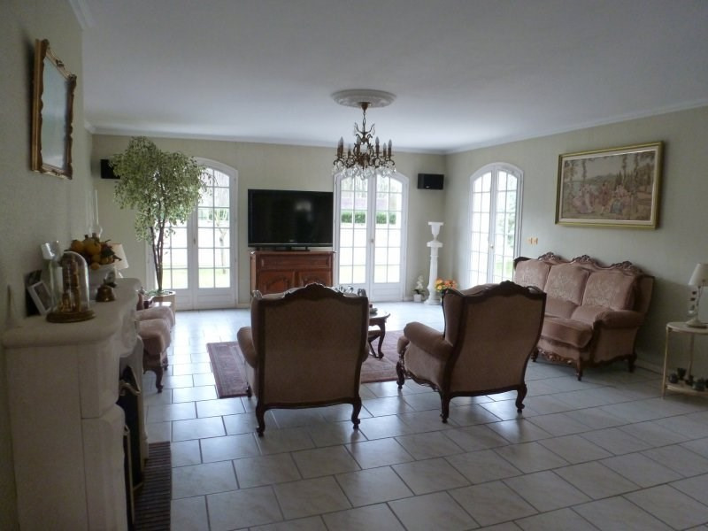 Vente maison / villa Senlis 549000€ - Photo 4