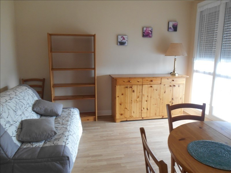 Location appartement Troyes 390€ CC - Photo 1