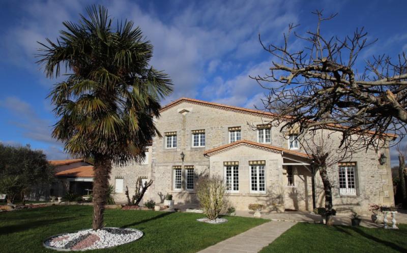 Vente de prestige maison / villa Saint sulpice de royan 811000€ - Photo 1