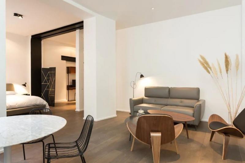 Deluxe sale apartment Paris 3ème 1360000€ - Picture 3