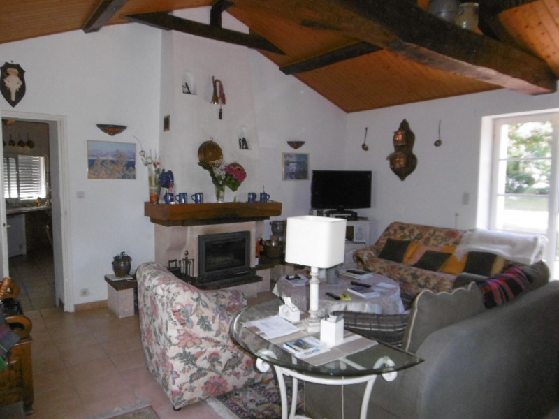 Sale house / villa Saint julien des landes 441 500€ - Picture 2