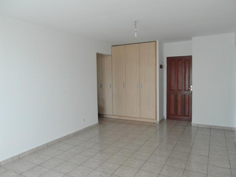Vente appartement St denis 88 000€ - Photo 2