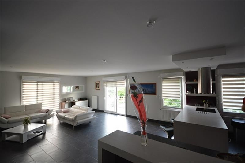 Verkoop  appartement Bourgoin jallieu 219900€ - Foto 1