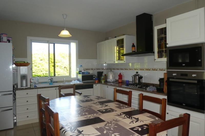 Revenda casa Le tampon 420000€ - Fotografia 3