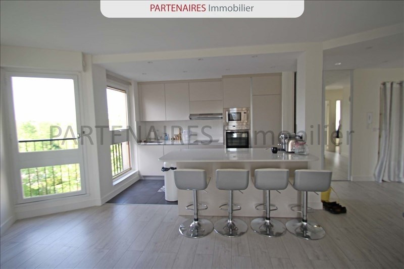 Rental apartment Le chesnay 1533€ CC - Picture 3